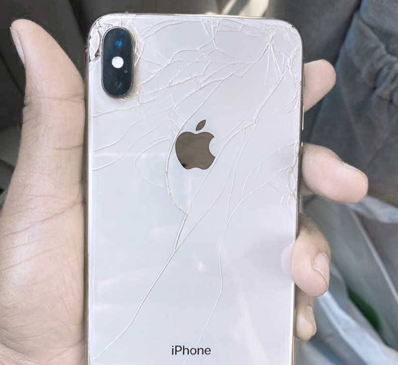 Zamena zadnjeg stakla iPhone X
